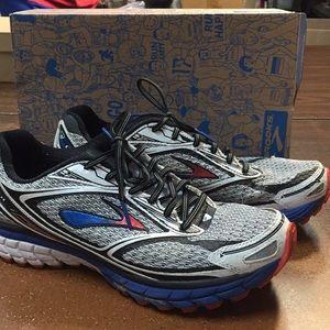 Brooks Ghost 7 neutral running shoes men's  10D